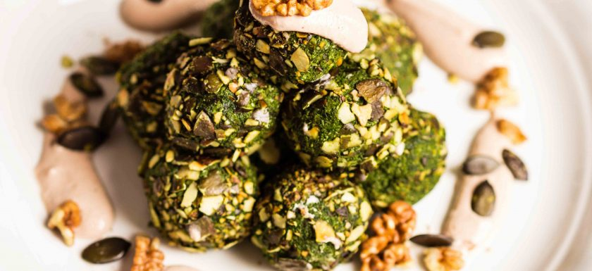 Spinat-Kürbiskern-Bällchen